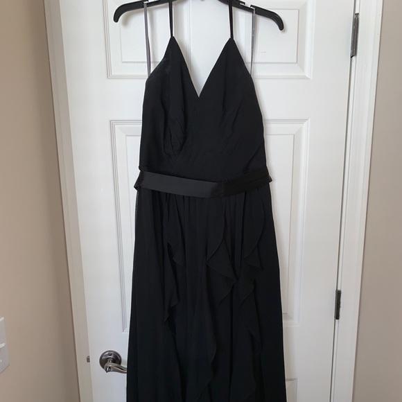 Vera Wang Dresses & Skirts - Vera Wang Halter Bridesmaids Dress